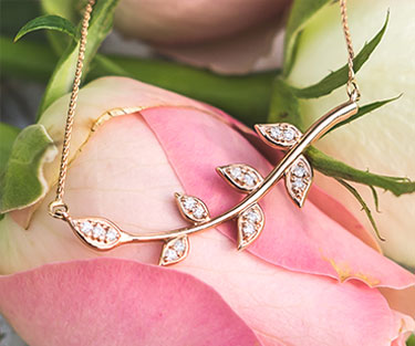 Valentine's Gift Guide - Flowers Shape Jewelry