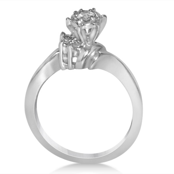 Diamond Sidestone Accented Bridal Set in 14k White Gold (0.25ct)