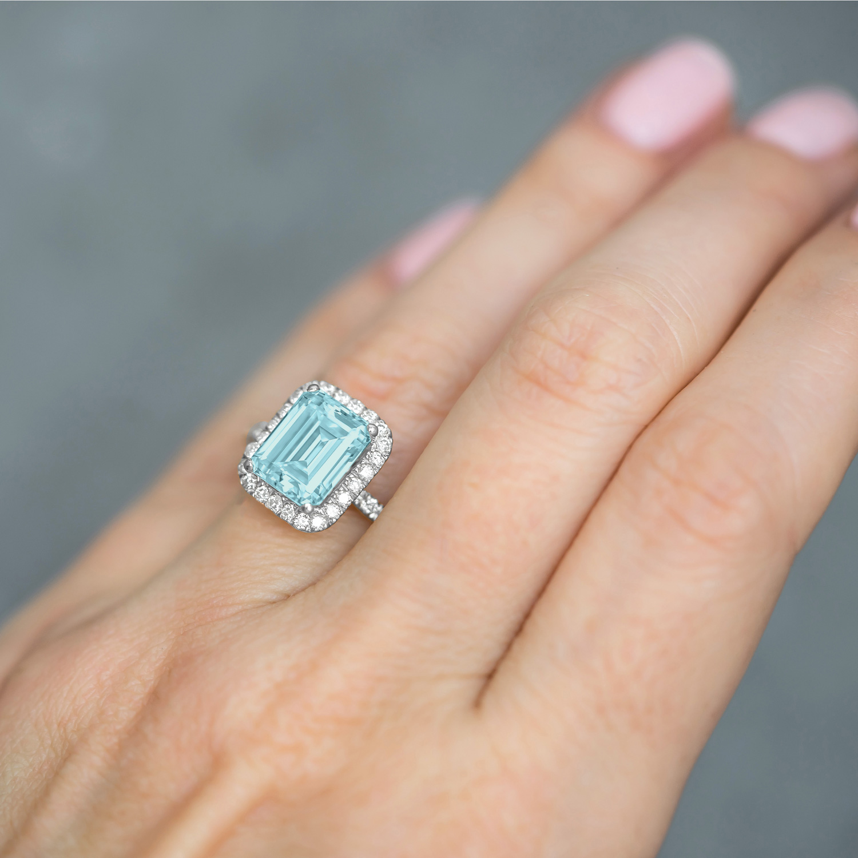 Aquamarine & Diamond Engagement Ring 14k White Gold (3.32ct)