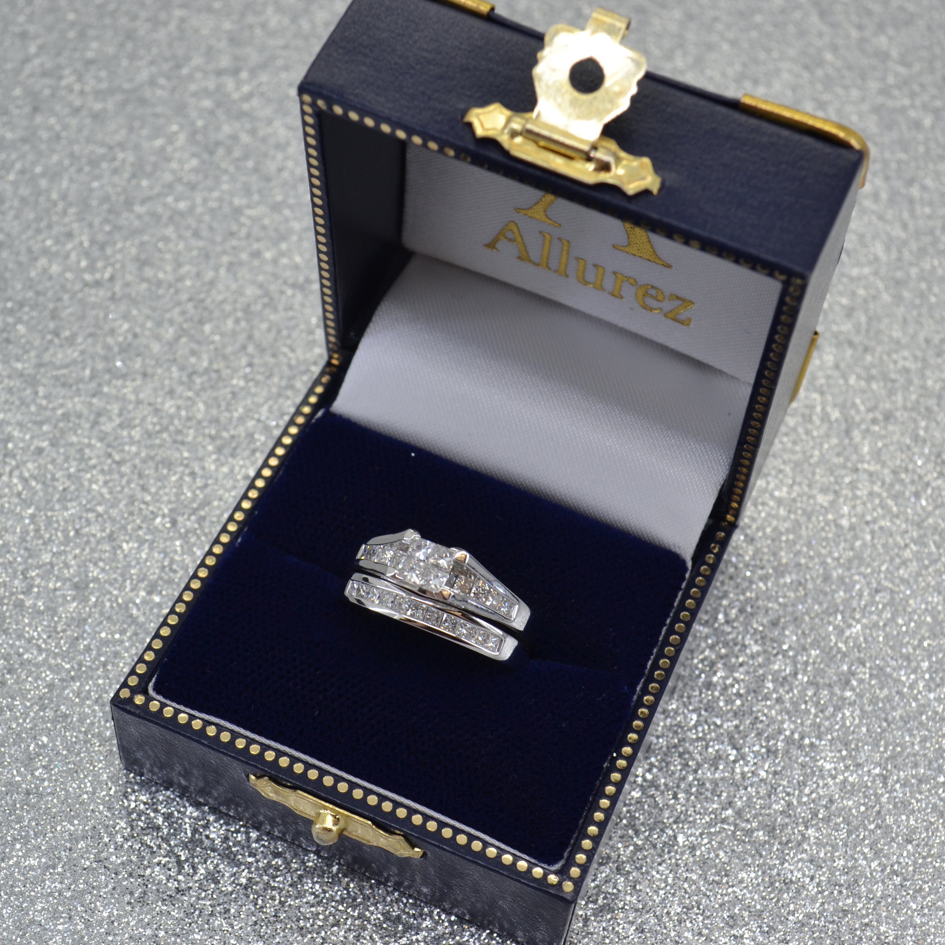 Bridal Ring Set with Princess Cut Diamonds 14k White Gold (1.00ct)