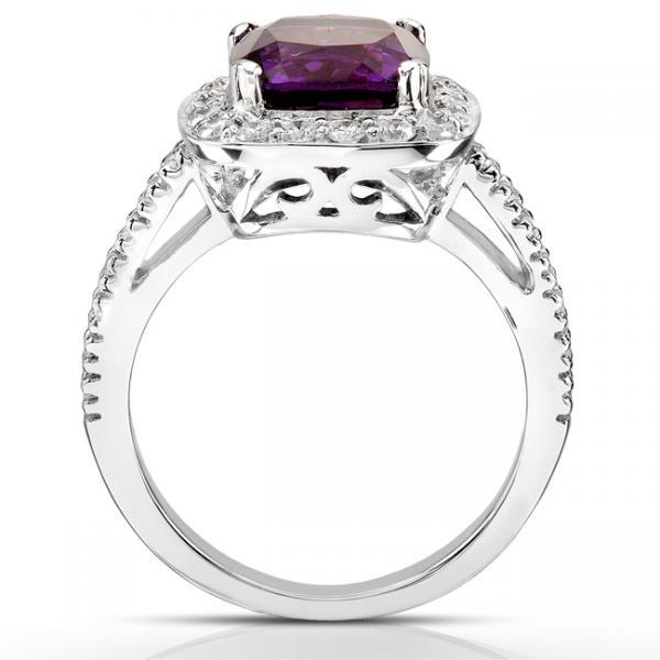Amethyst and Diamond Gemstone Ring 14K White Gold (0.40ct)