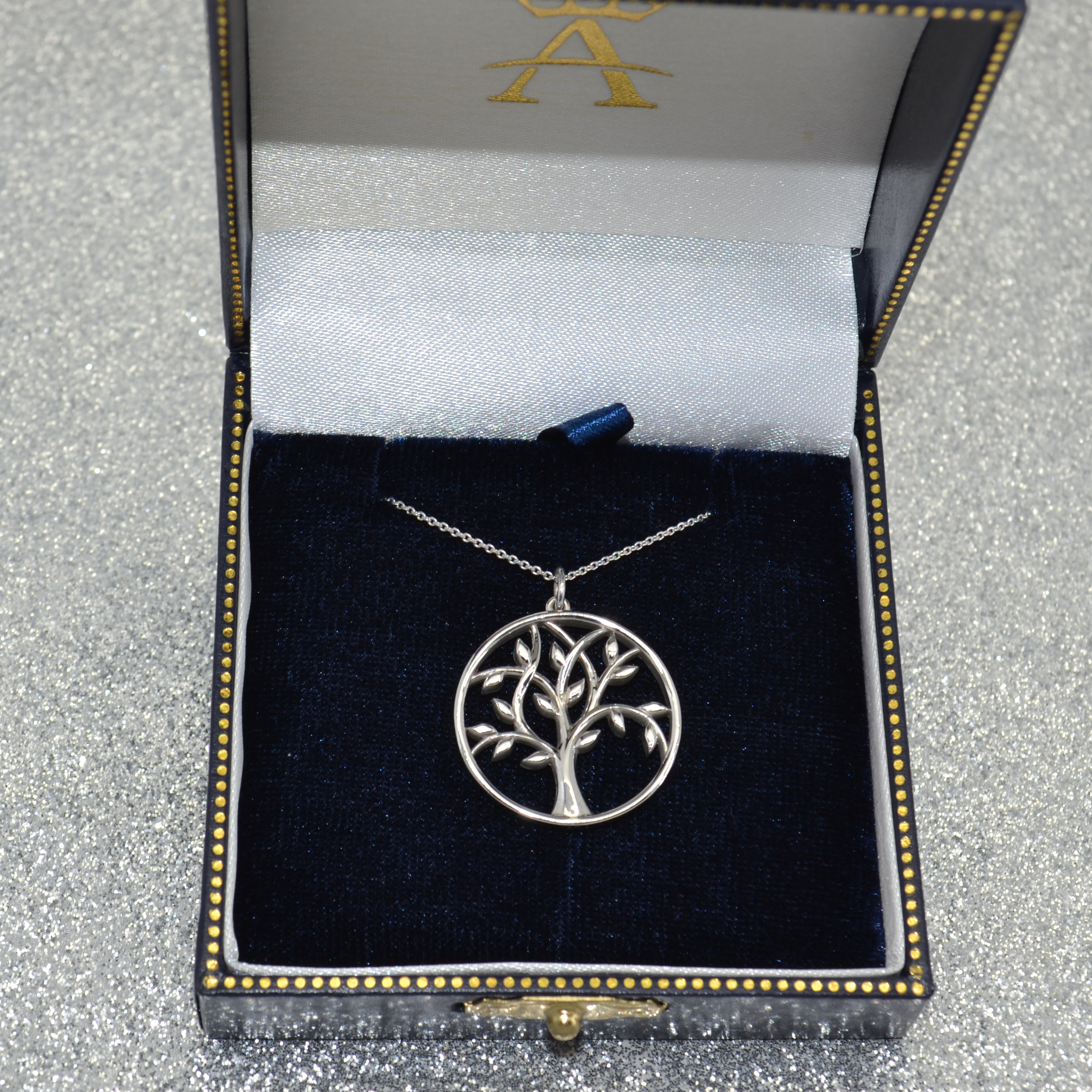 Tree of Life Pendant Necklace Plain Metal 14k White Gold