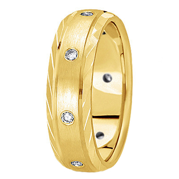 Men's Burnish-Set Diamond Wedding Band in 18k Yellow Gold (0.4 ctw)