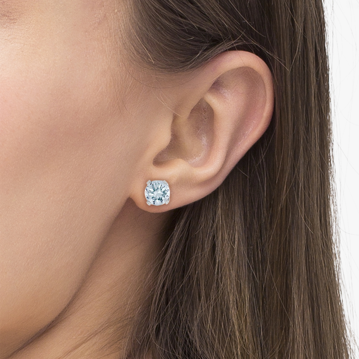 Round Aquamarine Studs Earrings in 14k White Gold (0.46ct)