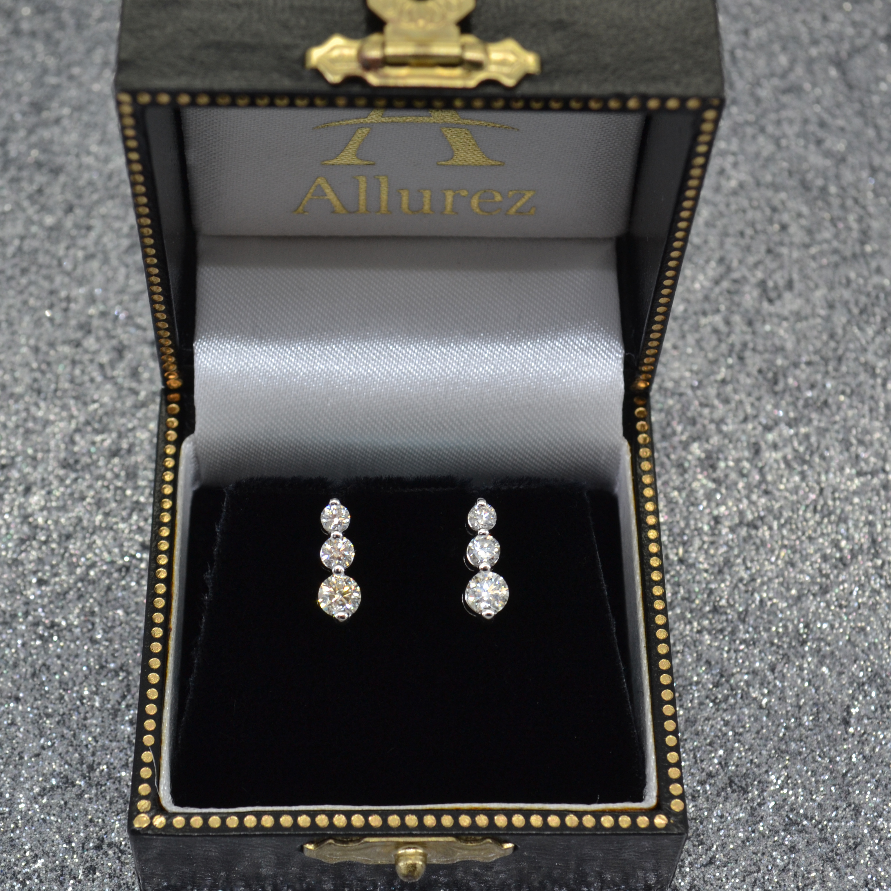 Graduated Three-Stone Diamond Earrings 14k White Gold (1.00ct)