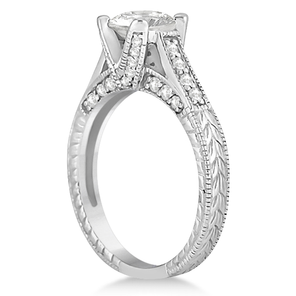 Antique Style Engagement Ring and Matching Wedding Band in Platinum