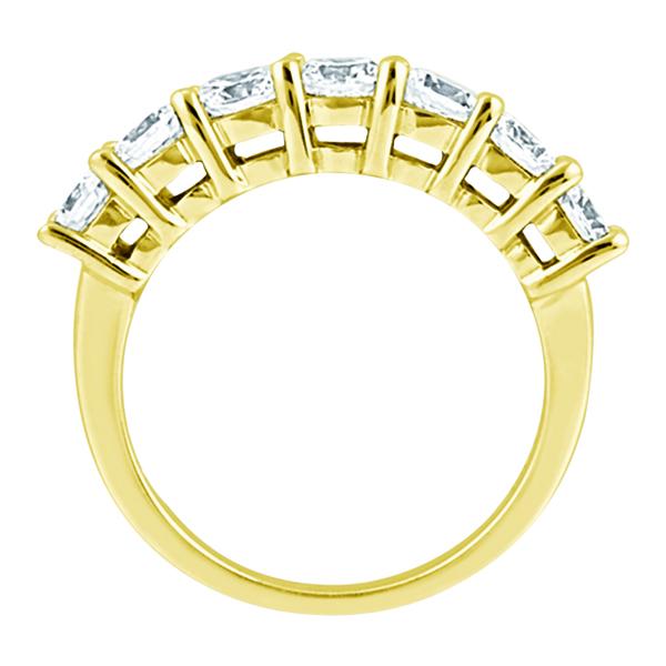 Semi-Eternity Diamond Wedding Band in 18k Yellow Gold (0.35 ctw)