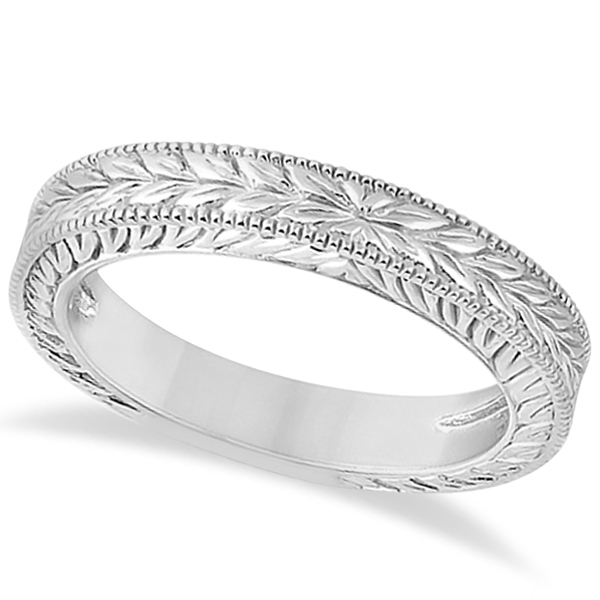 Vintage Carved Filigree Leaf Design Wedding Band in Platinum