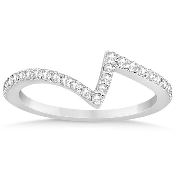 V-Shape Contour Diamond Wedding Band in 18K White Gold (0.26ct)