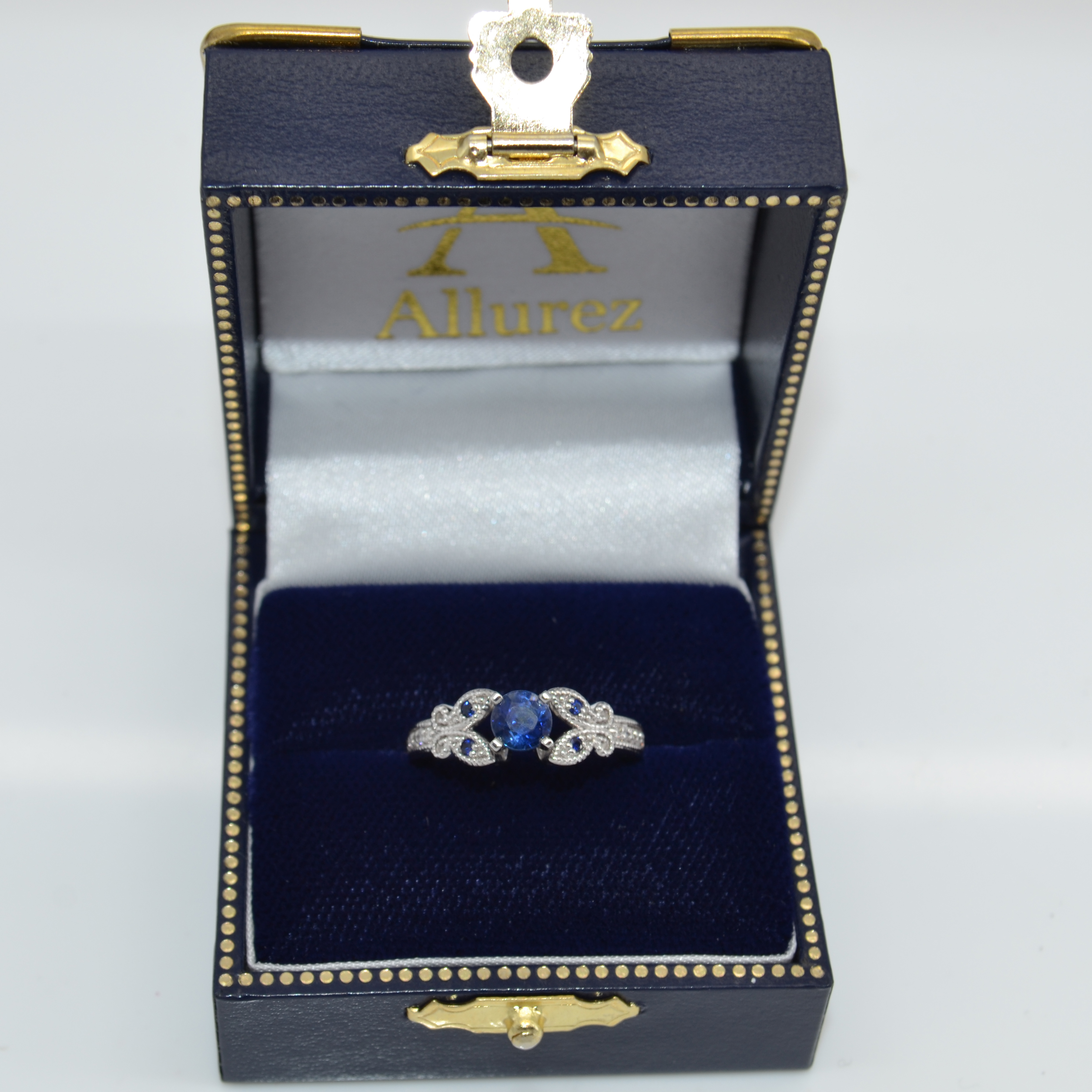 Blue Sapphire & Diamond Engagement Ring 14K White Gold 88ct