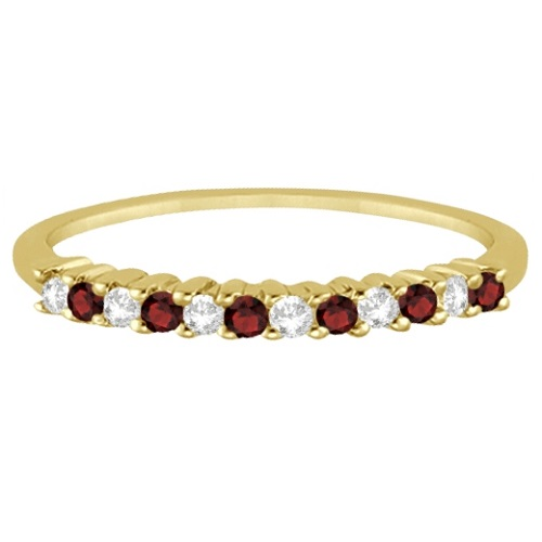 Petite Diamond & Garnet Wedding Band 18k Yellow Gold (0.20ct)