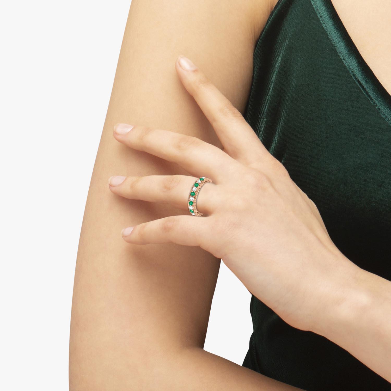 Antique Diamond & Emerald Wedding Ring 18kt Rose Gold (1.03ct)