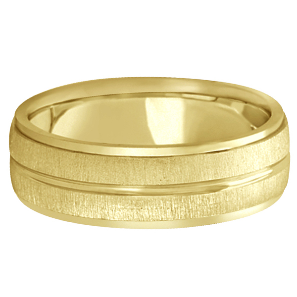 Modern Carved Wedding Band For Men in 14k Yellow Gold (7mm)
