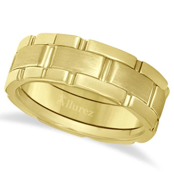 Unique Wedding Band Comfort-Fit in 18k Yellow Gold (8.5mm)
