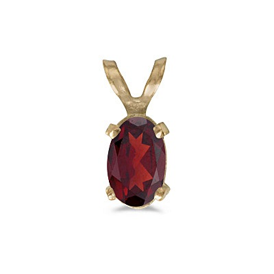 Oval Garnet Solitaire Pendant Necklace in 14K Yellow Gold (0.55ct)