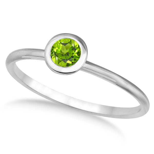 Peridot Bezel-Set Solitaire Ring in 14k White Gold (0.65ct)