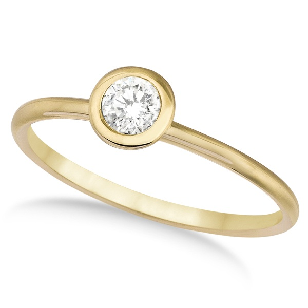 Bezel-Set Solitaire Diamond Ring in 14k Yellow Gold (0.50ct)