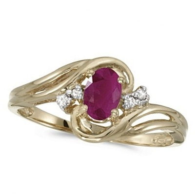 Ruby and Diamond Swirl Ring in 14k Yellow Gold (0.95ctw)