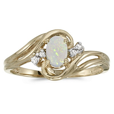 Opal and Diamond Swirl Ring in 14k Yellow Gold (0.95ctw)