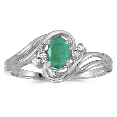 Emerald and Diamond Swirl Ring in 14k White Gold (0.75ctw)