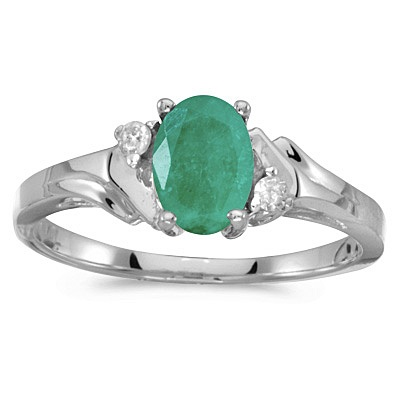 Oval Emerald and Diamond Ring in 14K White Gold (0.75ct)
