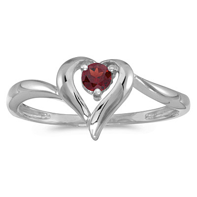 Garnet Heart Right-Hand Ring in 14k White Gold (0.30ct)