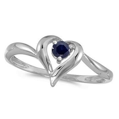 Blue Sapphire Heart Right-Hand Ring in 14k White Gold (0.30ct)