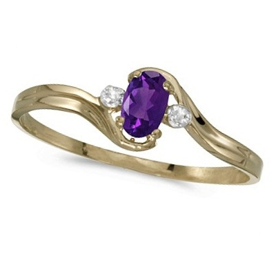 Oval Amethyst and Diamond Right-Hand Ring 14K Yellow Gold (0.23ctw)