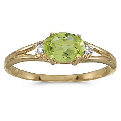 Oval Peridot & Diamond Right-Hand Ring 14K Yellow Gold (0.55ct)