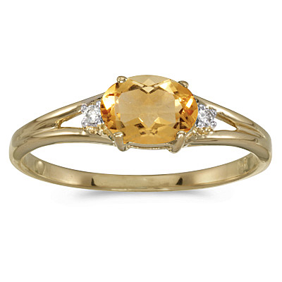 Oval Citrine and Diamond Right-Hand Ring 14K Yellow Gold (0.45ct)