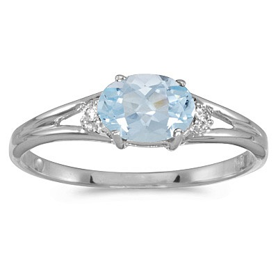 Oval Aquamarine & Diamond Right-Hand Ring 14K White Gold (0.40ct)