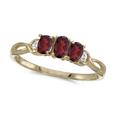 Oval Garnet and Diamond Three Stone Ring 14k Yellow Gold (0.65ctw)