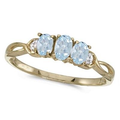 Oval Aquamarine and Diamond Three Stone Ring 14k Yellow Gold (0.50ctw)
