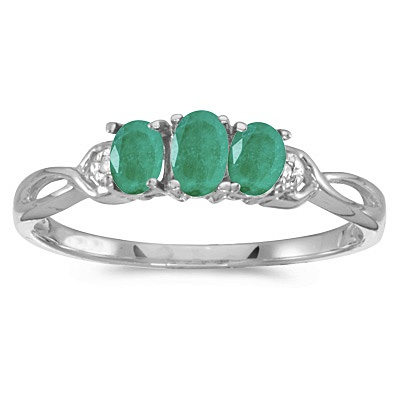 Oval Emerald and Diamond Three Stone Ring 14k White Gold (0.65ctw)