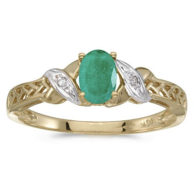 Emerald & Diamond Antique Style Ring in 14K Yellow Gold (0.45ct)