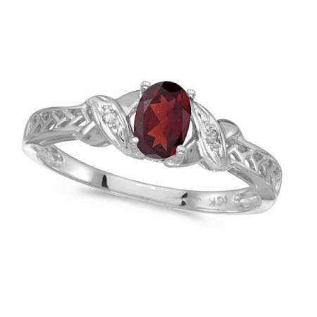 Garnet & Diamond Antique Style Ring in 14K White Gold (0.55ct)