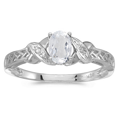 White Topaz & Diamond Antique Style Ring in 14K White Gold (0.60ct)