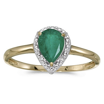 Pear Shape Emerald and Diamond Cocktail Ring 14k Yellow Gold