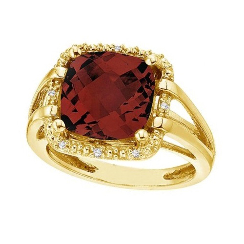 Cushion-Cut Garnet & Diamond Cocktail Ring 14k Yellow Gold (8.05cttw)