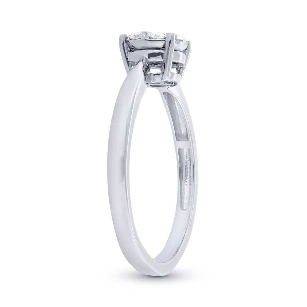 0.20ct 18k White Gold Diamond Cluster Lady's Ring