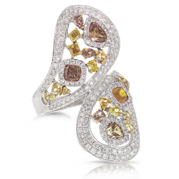 3.74ct 18k White Gold White & Fancy Color Diamond Ring