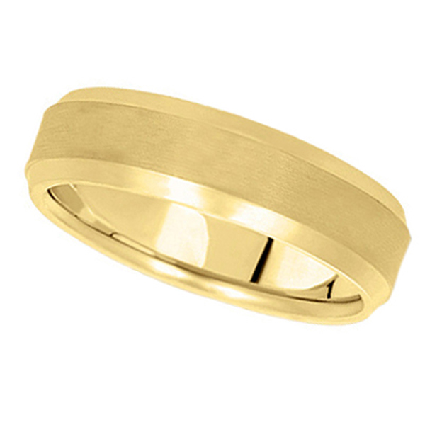 Comfort-Fit Carved Wedding Band in 14k Yellow Gold (7mm) Size 10