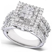 Cluster Princess Cut Diamond Engagement Ring in 14K Gold (2.00ct)