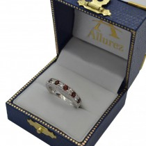 Antique Diamond & Garnet Wedding Ring 18kt White Gold (1.05ct)