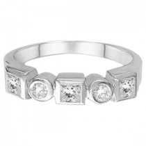 Princess-Cut & Round Diamond Ring in 14K White Gold (0.60ct)
