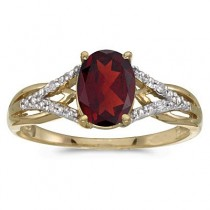 Oval Garnet and Diamond Cocktail Ring in 14K Yellow Gold (1.42 ctw)