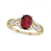 Oval Ruby and Diamond Cocktail Ring in 14K Yellow Gold (1.52 ctw)