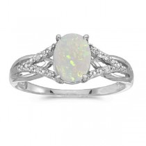 Oval Opal and Diamond Cocktail Ring 14K White Gold (0.70ct)|escape