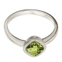 Cushion-Cut Peridot Antique Style Ring in 14K White Gold (6mm)