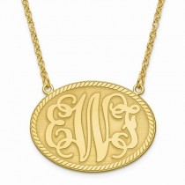 Medium Oval Monogram Initial Plate Pendant Necklace in 14k Yellow Gold